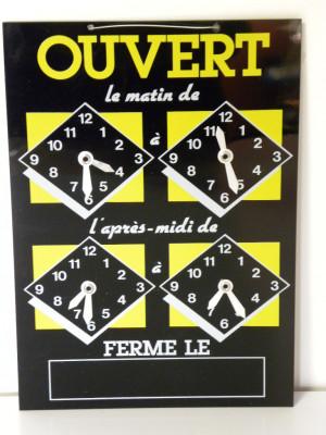 PANNEAU HORAIRES NOIR/JAUNE «OUVERT» 4 CADRANS FIL NYLON 22X15.5 CM (1 U)